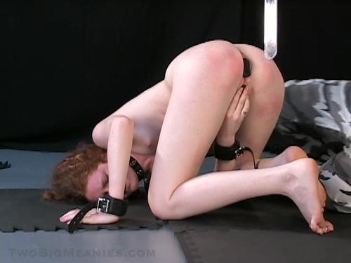 Boyfriend cums during blowjob