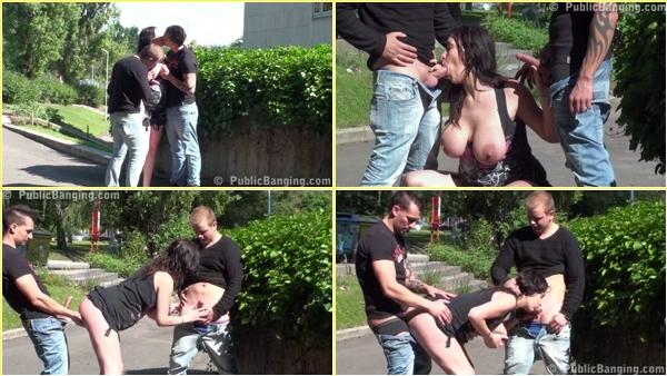 Public_Sex_Video_111,