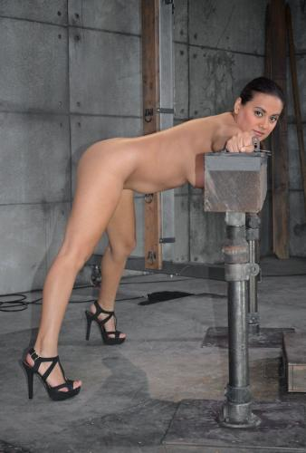 Lush Latina Selma Sins stuck in stocks