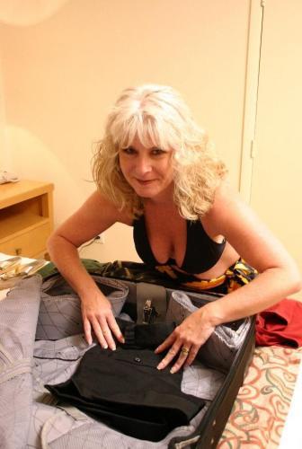 Meet Stacey, a blonde milf
