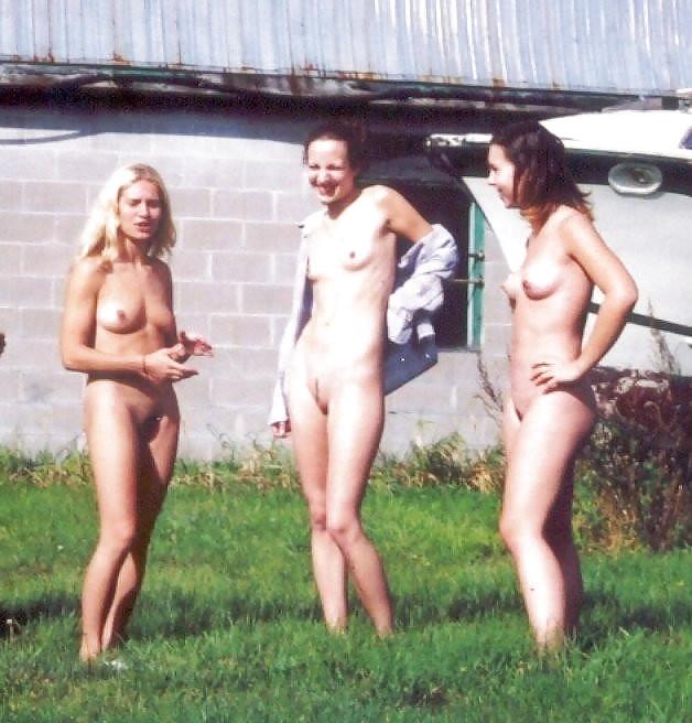 Amateurs old scanned photos - Mix 96 - 051,