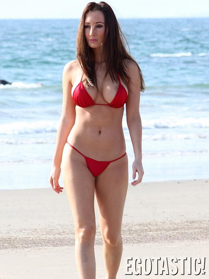 amy-markham-wears-a-tiny-red-bikini-on-malibu-beach-03-675x900