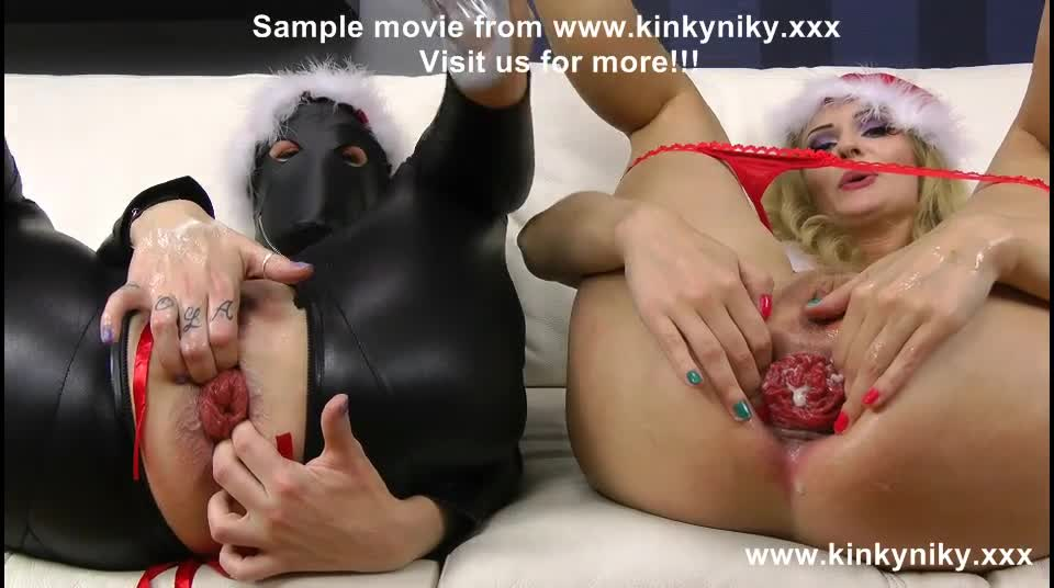 [KinkyNiky] ANAL FISTING & PROLAPSE PROXY PAIGE & KINKY NIKY