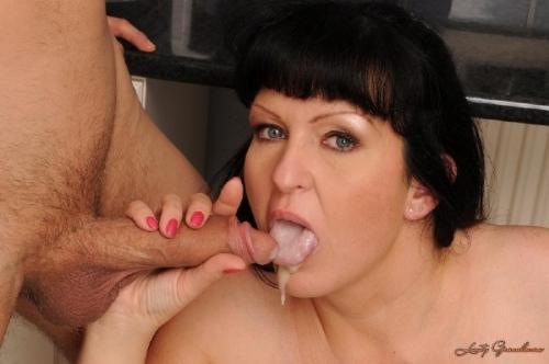 смотреть порно мама рот