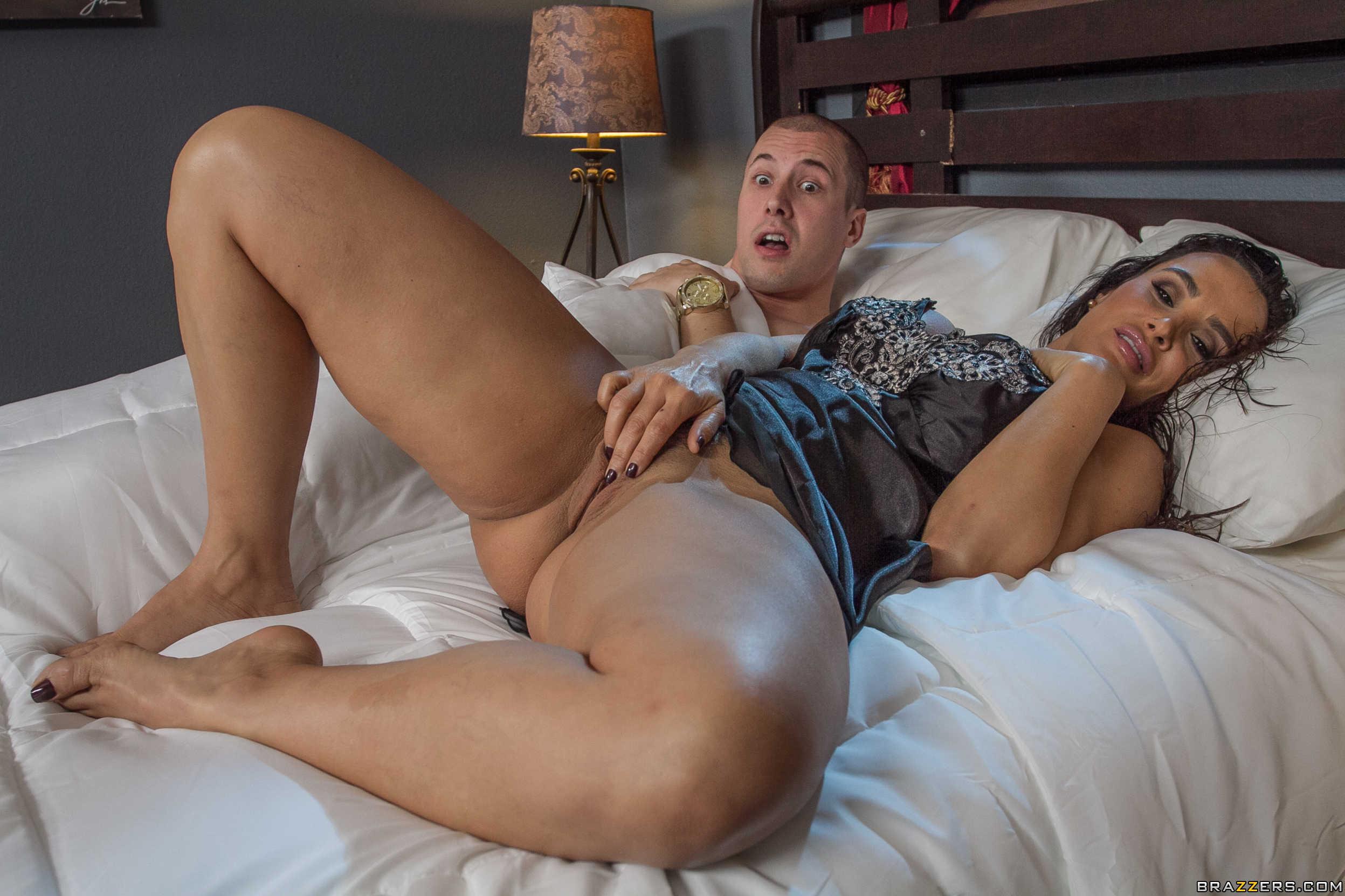 Шикарную мачеха порно, Порно Мачеха -видео. Смотреть порно онлайн! 4 фотография