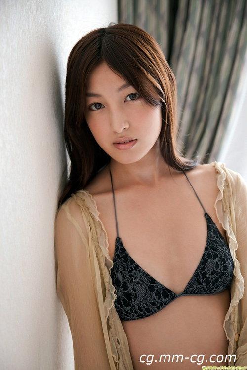 DGC 2010.12 - No.899 Airi Osugi 大杉亜依里