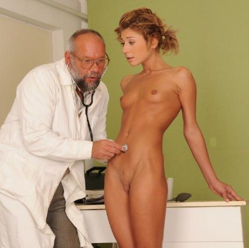 porno-stariy-doktor