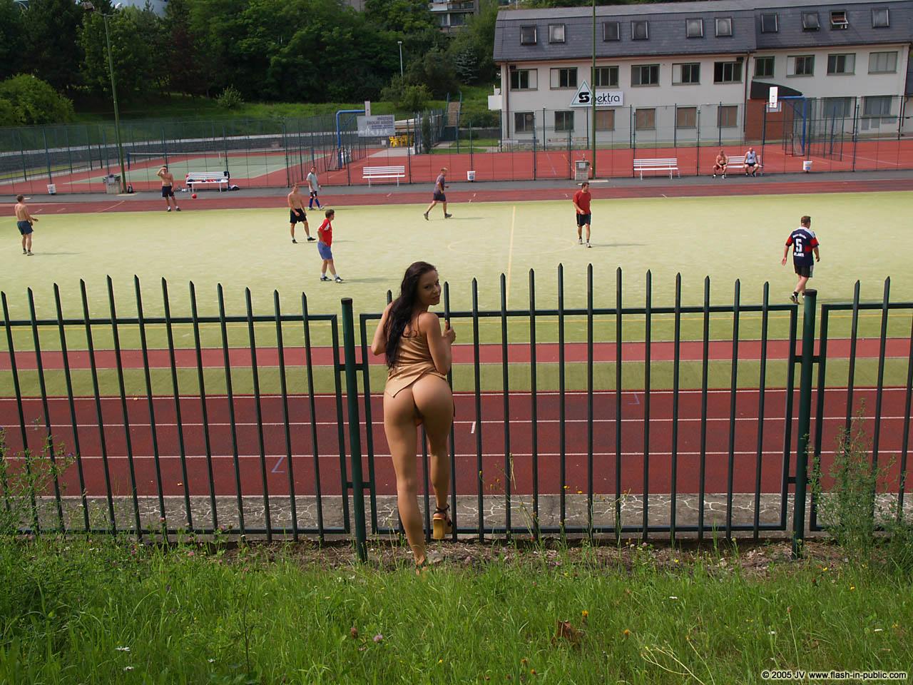 nudist (43).2,