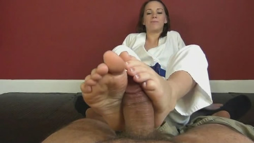Roxie first time footjob 1