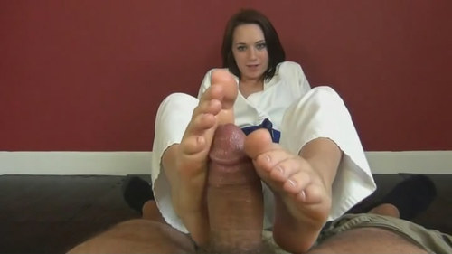 Roxie first time footjob 2