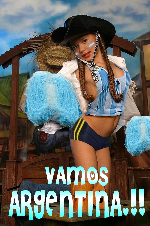 pimpandhost.com imagesize:956x1440 4 10 Pimpandhost.com ...