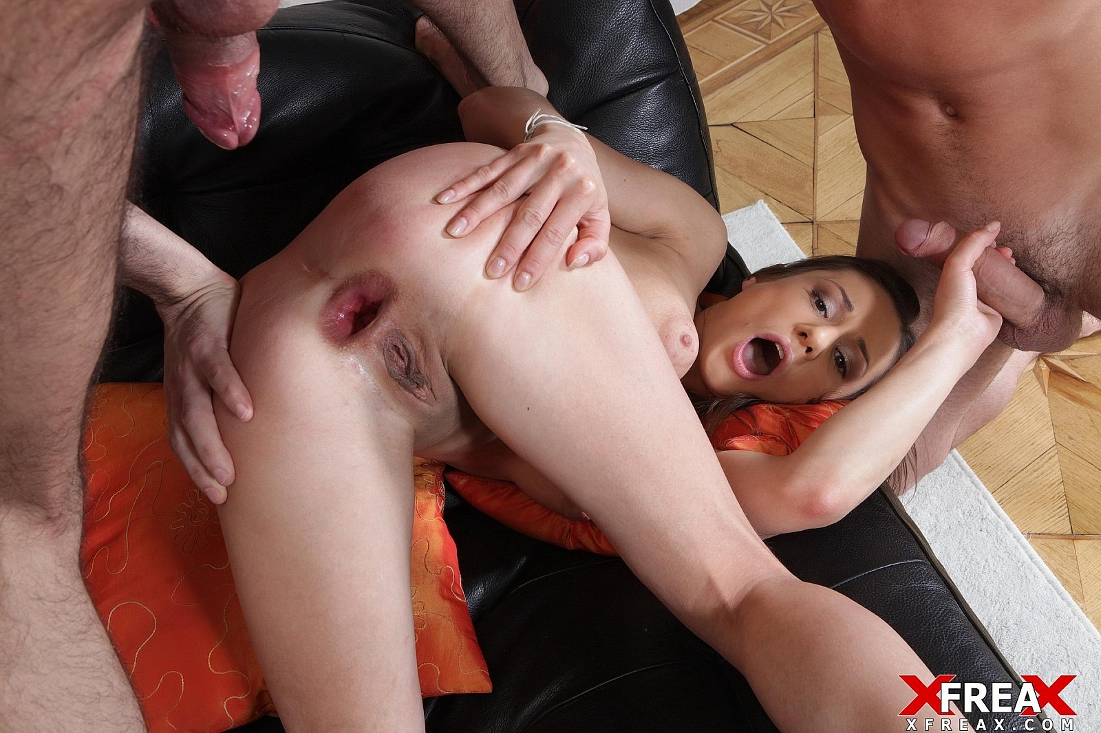 [GapeParade] Brunette Gets Anal Creampie before Dp and Anal Sex