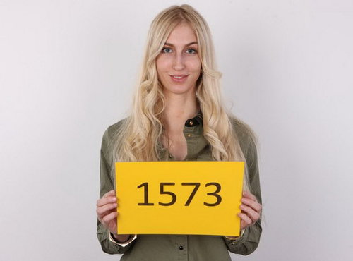 Adela : Czech Casting 1573 [CzechCasting/Czechav] (2014|HD|720p)
