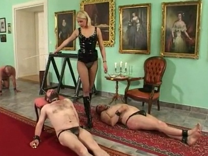 The Facesitting Contest Female Domination