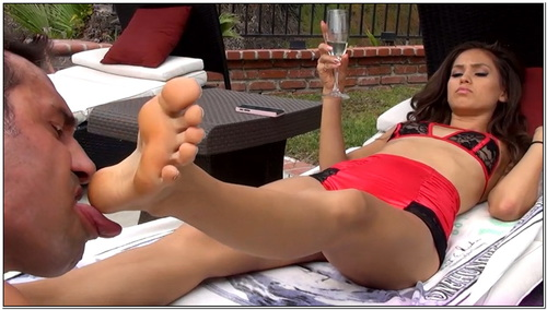 First Foot Slave For Goddess Rodea Female Domination