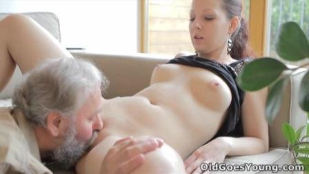 Old Goes Young � Ilona � Beautiful girl gets fucked by a horny old man, her boyfriend comes and watches