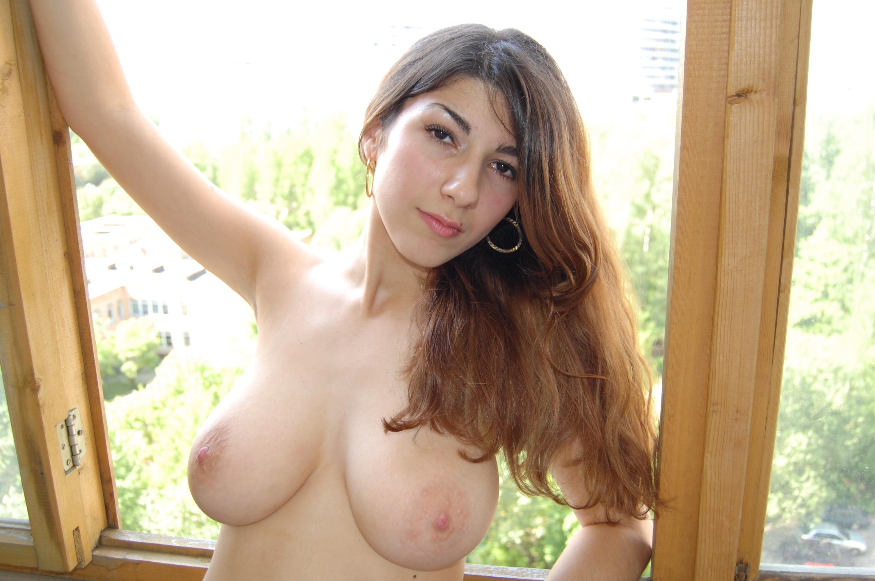 Фото частное девушки большие груди 15 фотография