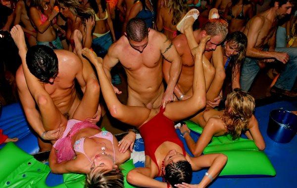 ибица порно клубы вечеринка