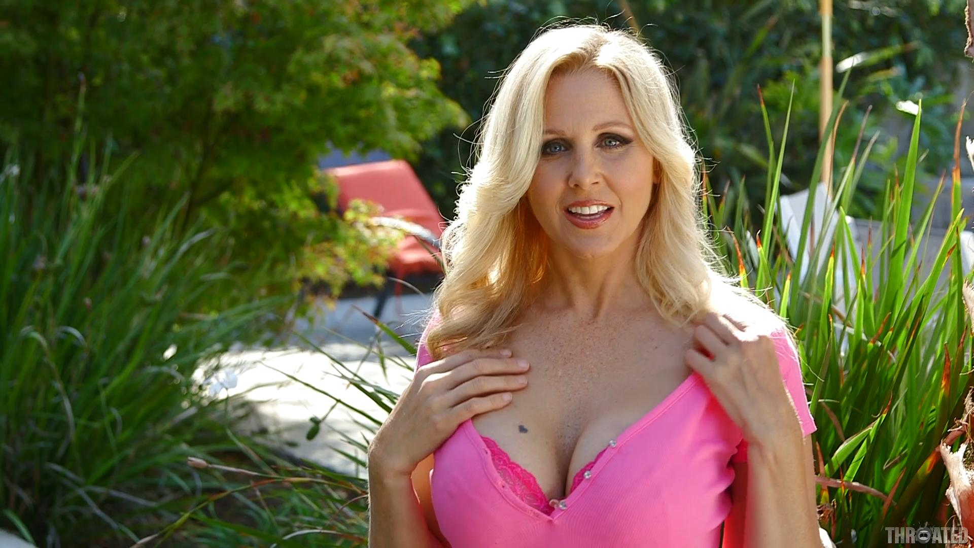Blowjobs Oral Sex Your Best Porn Source T.h.r.o.a.t.e.d Julia Ann