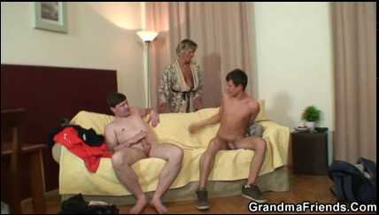 mature_babe_pleases_two_robbers.flv