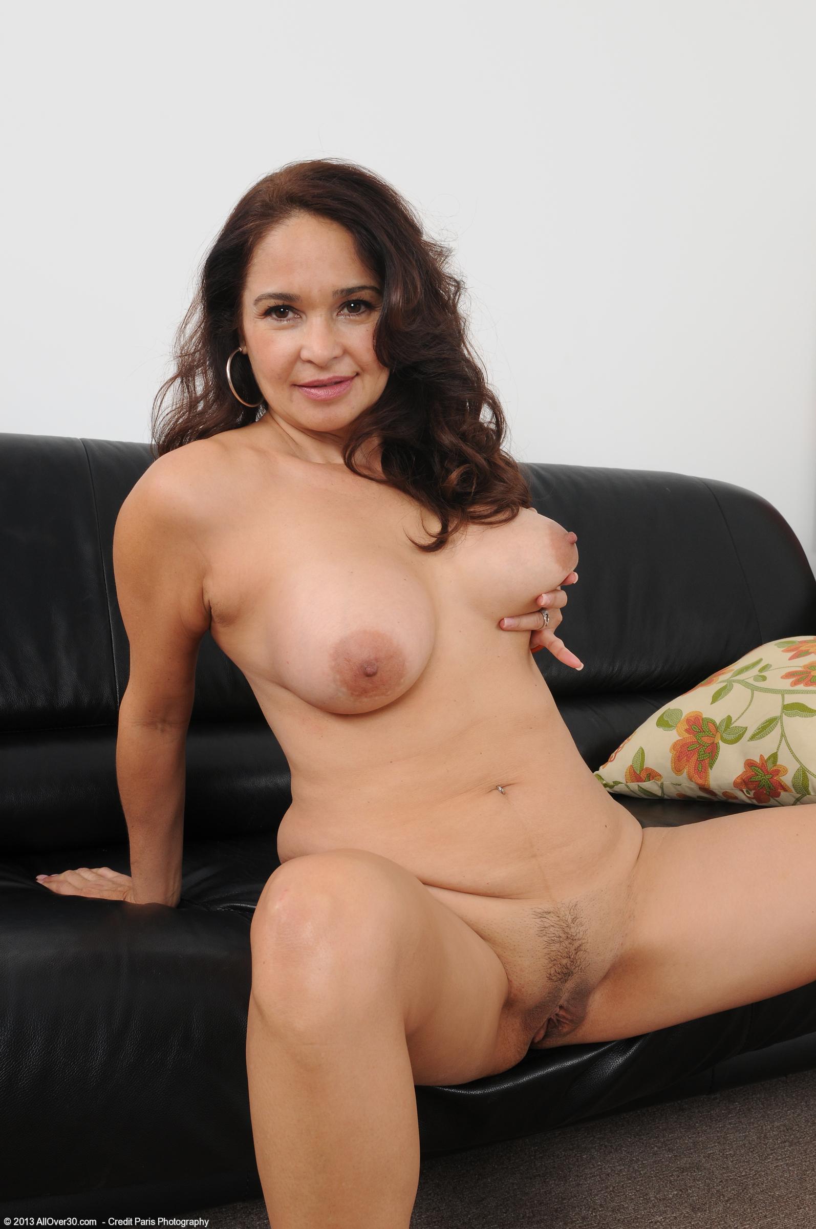 Тиа лауна порно актриса 17 фотография