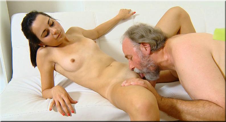 порно фото молодой лижет старой № 31388  скачать