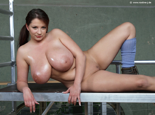 This magnificent Nadine Jansen Se Da Un Ba remarkable