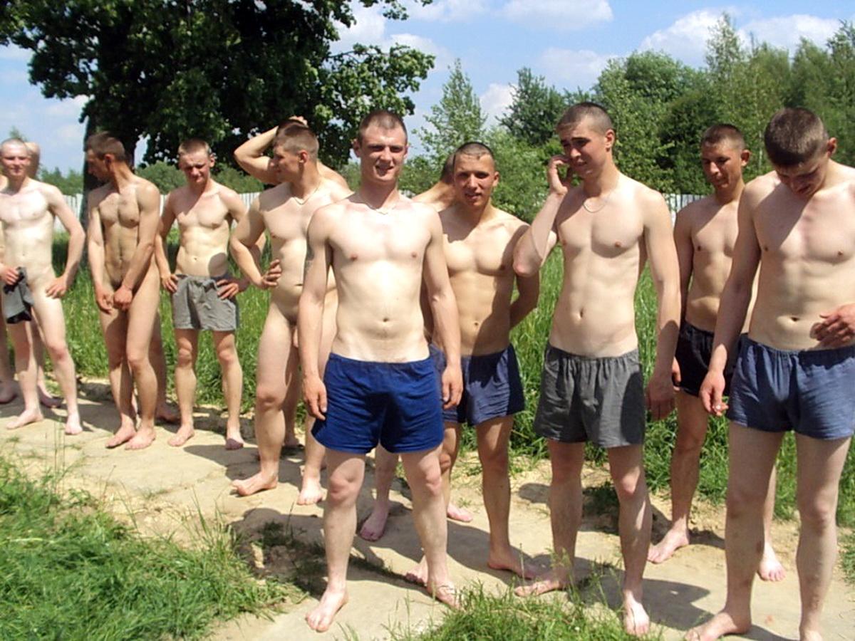Фото солдат без трусов 5 фотография