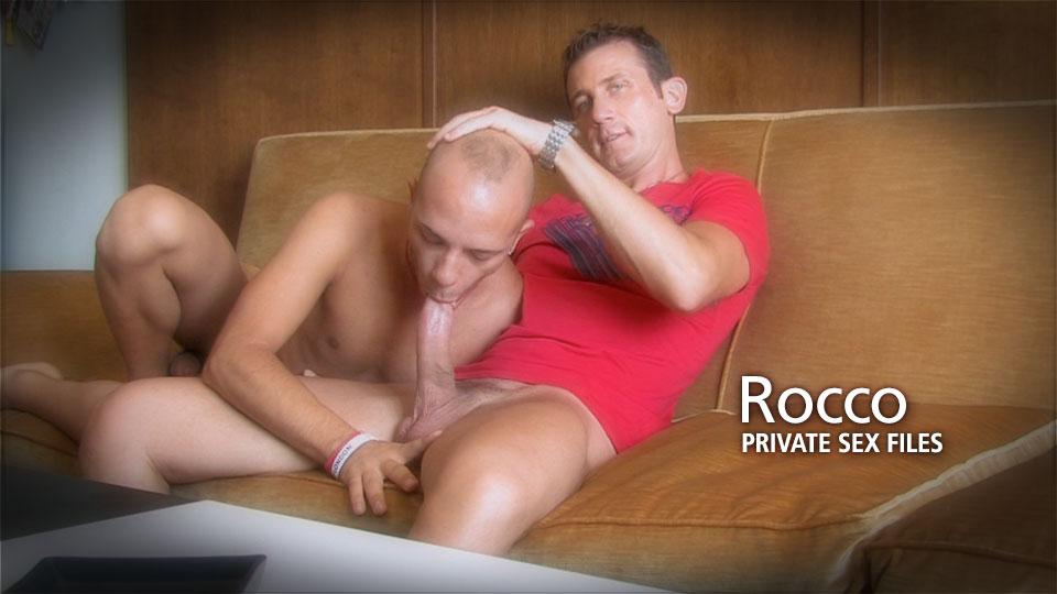 smotret-russkoe-porno-s-hudoy-bryunetkoy