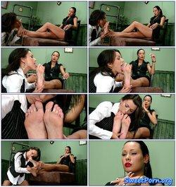 Nikita's foot slave