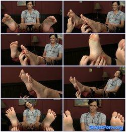 Sensual tickling – Tess Lyndon