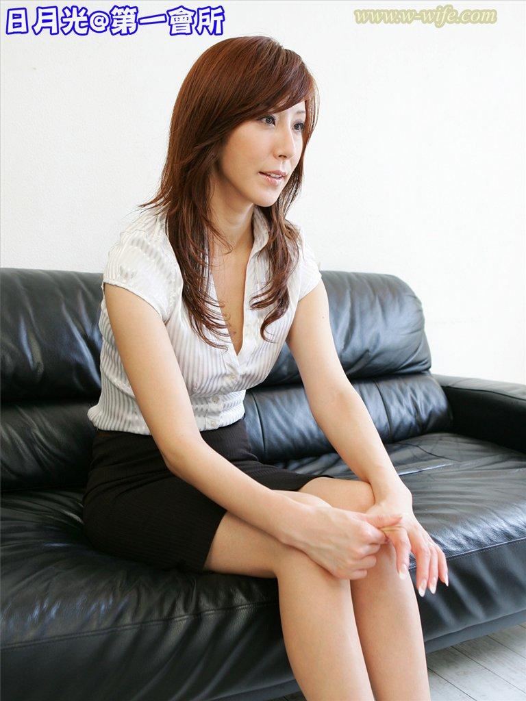 熟女乱伦-熟女人妻 高阪保奈美 35歲 -1 [25P]