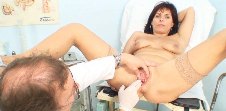 foto-zrelih-u-ginekologa