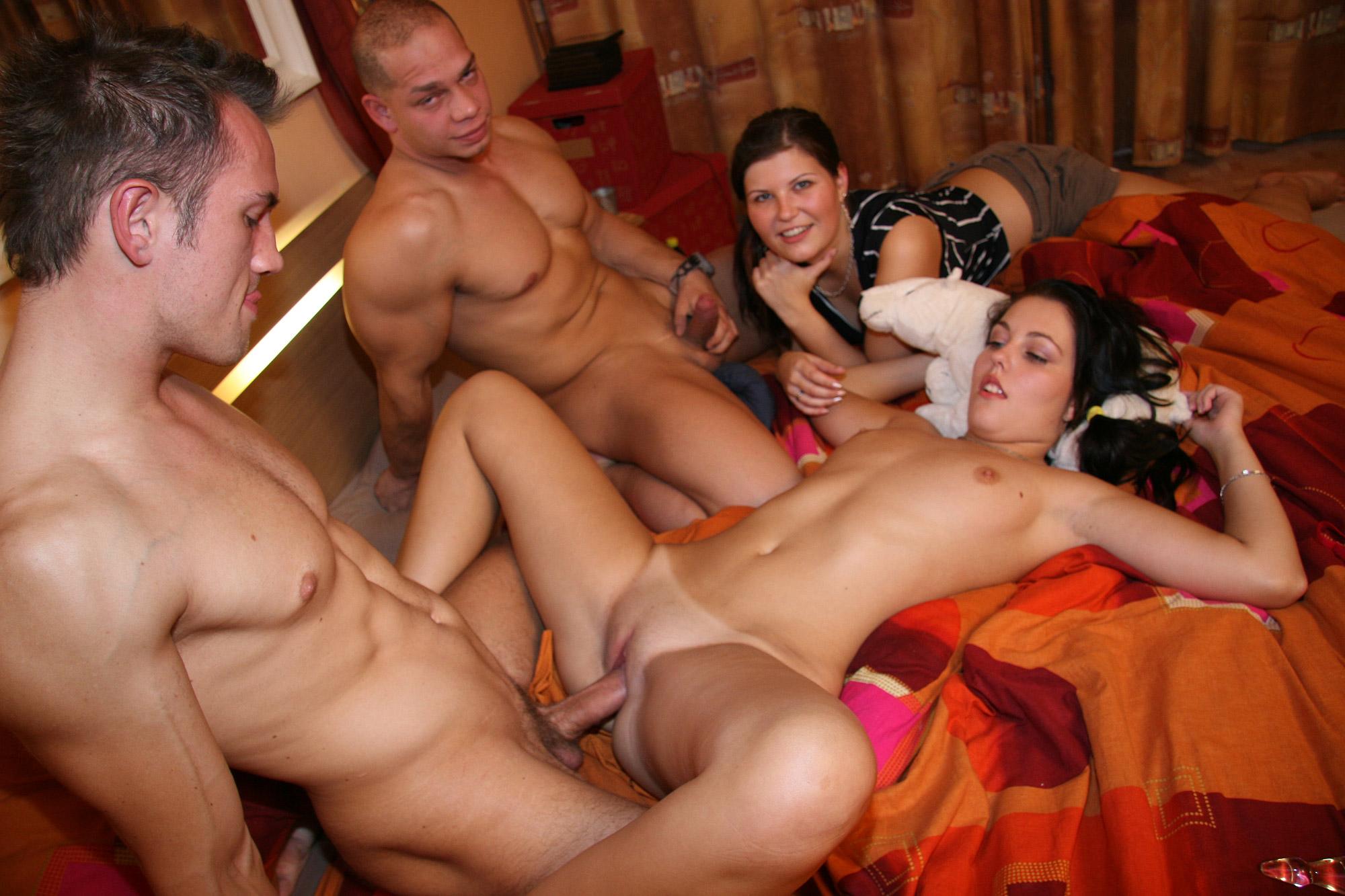 Современное порно онлайн домашнее 2 фотография