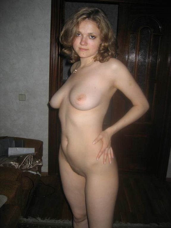 foto-chastnoe-russkih-golih-devushek