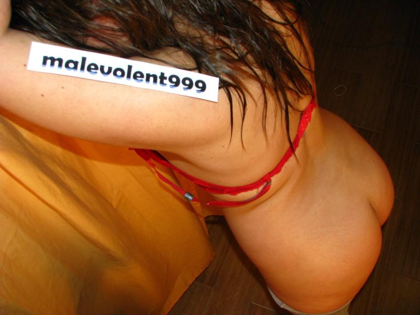 Miguelita pide por la cola como a vos te gusta