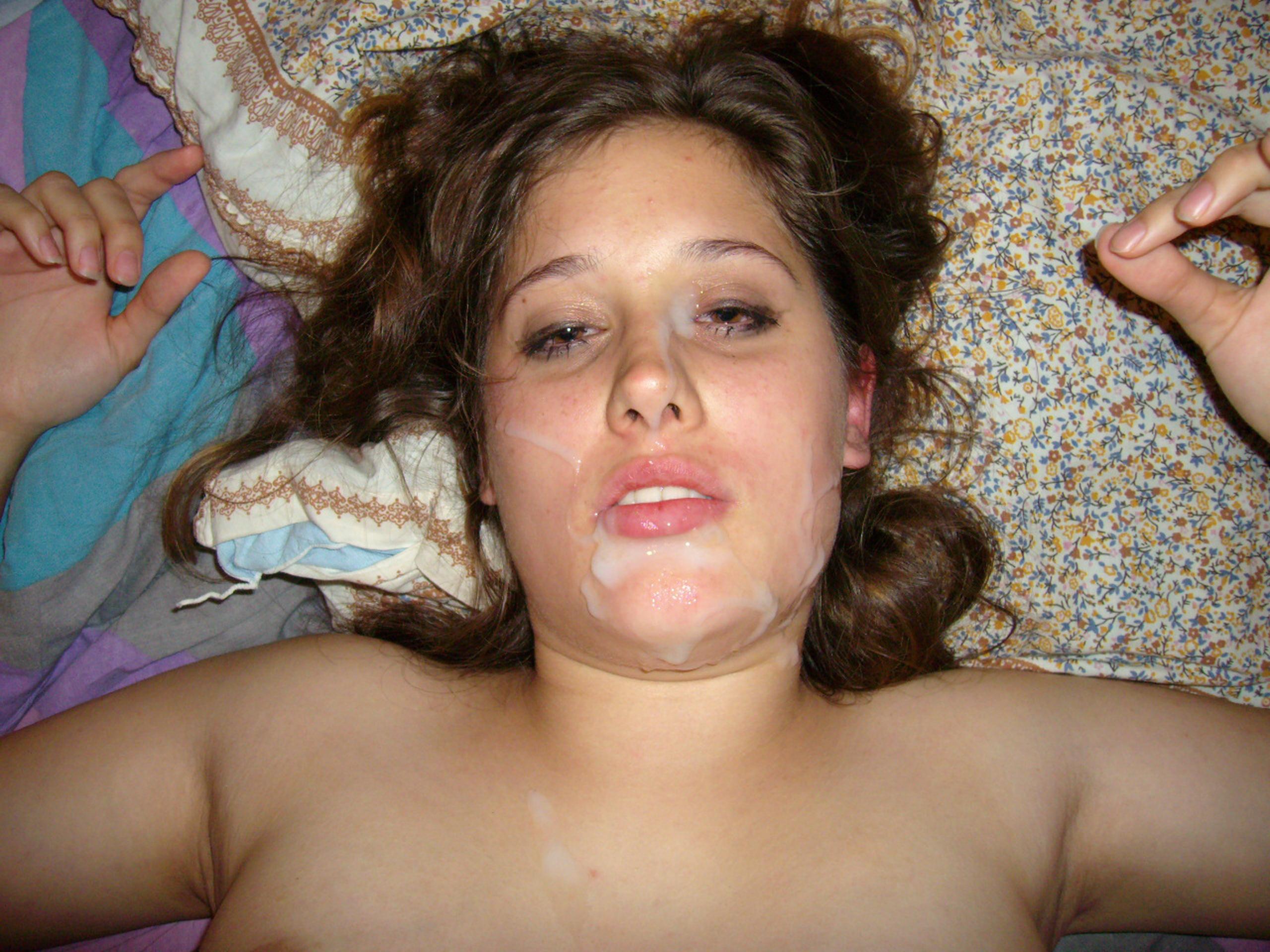 Толстые девушки садятся на лицо парням 11 фотография