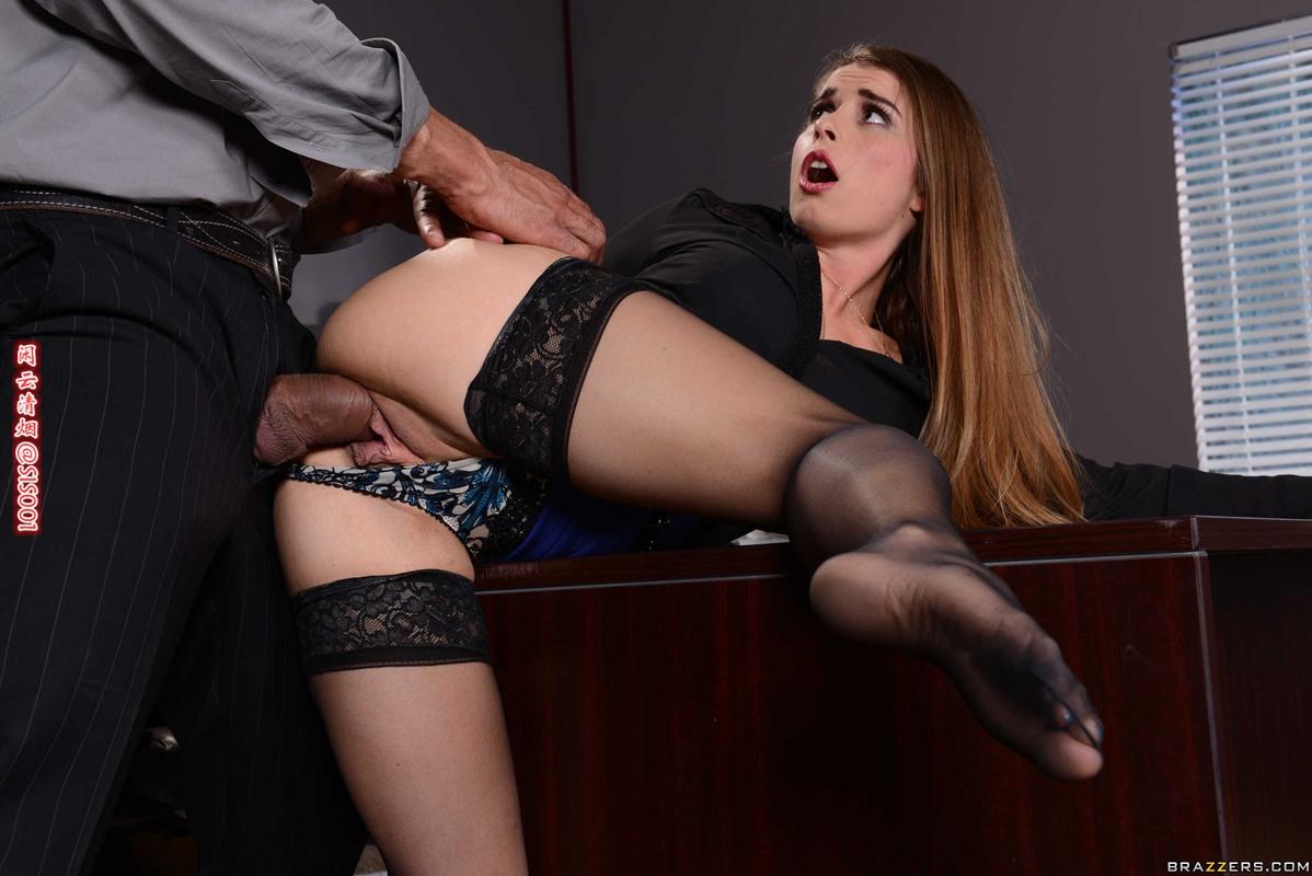 Секретаршу Трахают На Столе Порно