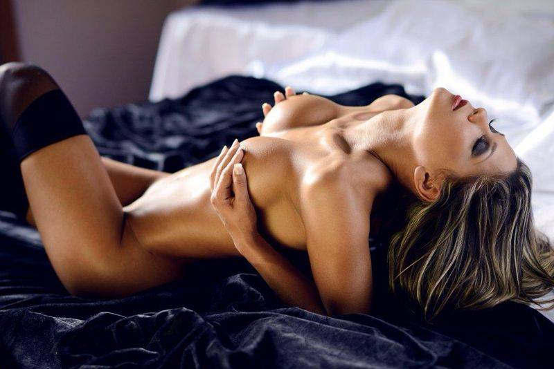 Thelma Louise Nude Pics, Page