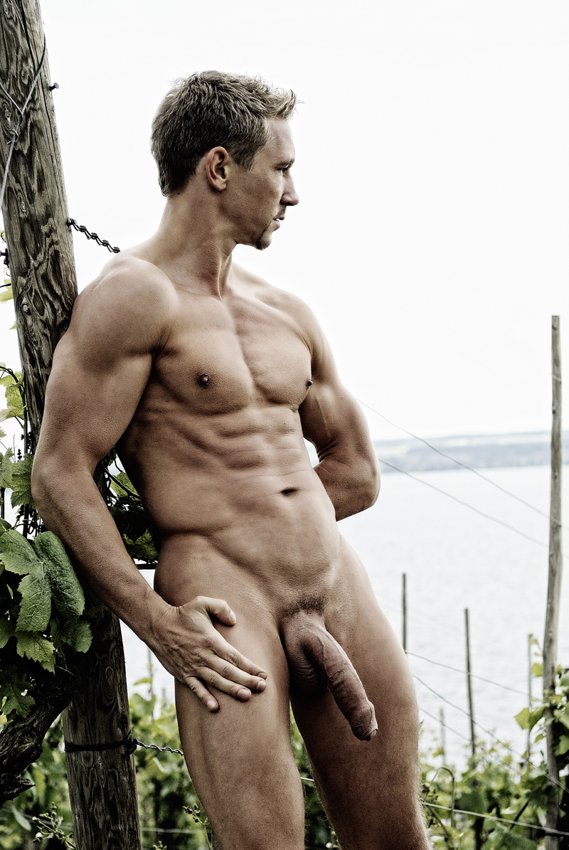 Busty milfs nude galleries