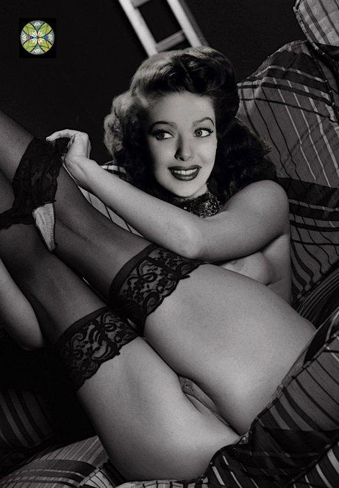 Loretta a nude model
