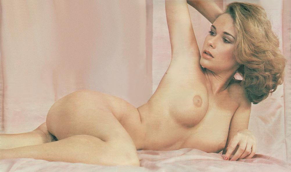 Holly robinson peete nude