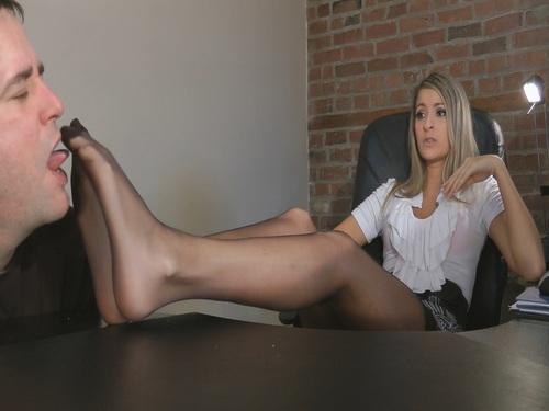 Perfect Feet Femdom
