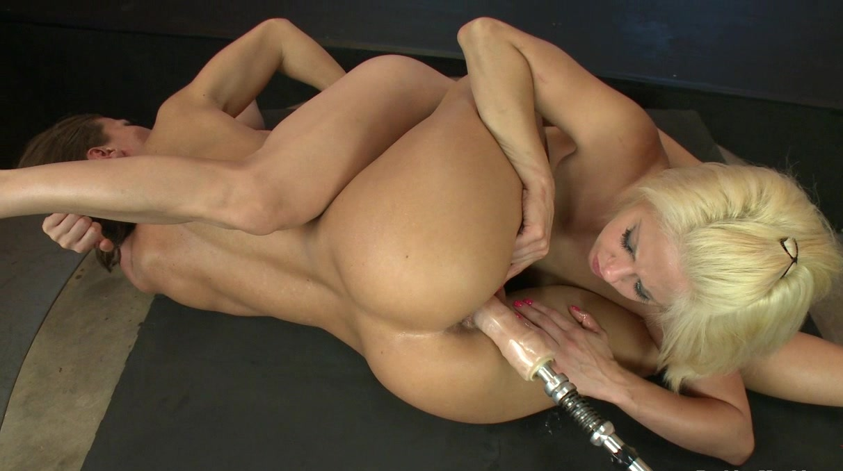 Anal fisting on a huge fuck machine