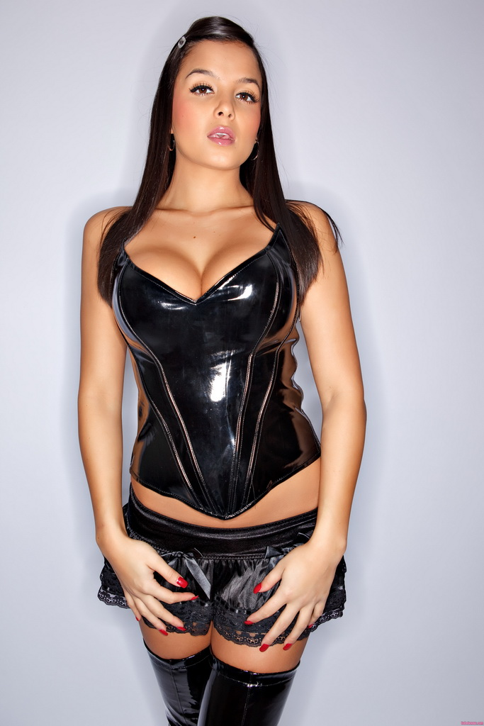Big Tits And Leather